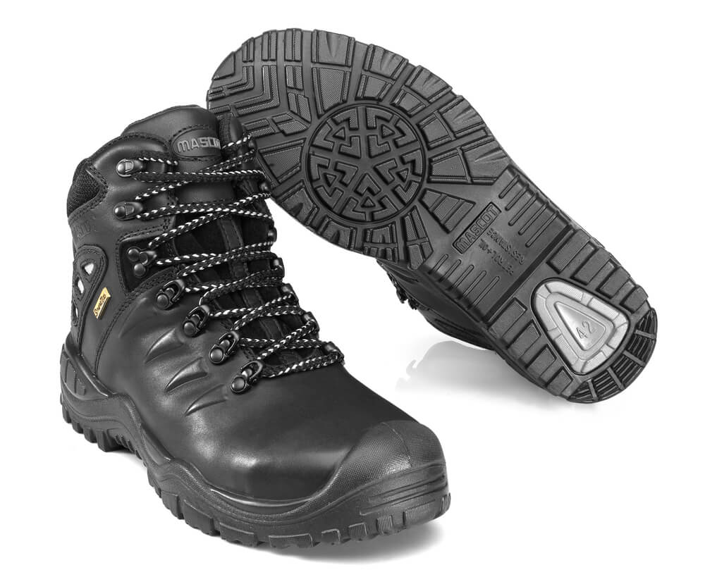 F0169-902-09 Safety Boot - black